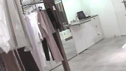 チラ-6-店員さん乳首