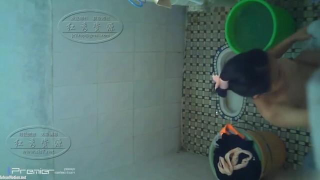 【红秀资源】偷拍少妇洗澡hyak012