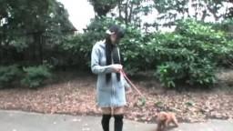 愛犬と一緒に全裸お散歩②