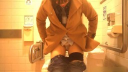 トイレ盗撮6
