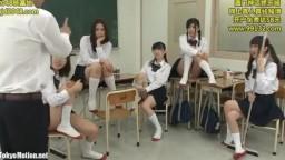 連続セルフイラマで強制フル勃起!ボクのクラスの女子はなんとヤった男の数を競い合っている!見た目は清楚なビッチ系女子だ。今日も放課後、女子たちは最近ヤったセックスの話を事細かく語り合っている。それを聞いてしまったボクはちょっと興奮して股間を抑