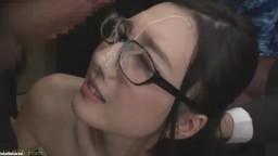 [古川いおり]真面目そうな色白美女が大量出来立て精子をぶっかけられるシーン集