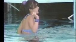 (お宝) かとうれいこ(当時星野麗子) 水上リンボーダンス  他数人 30年前の89年  SET006-15